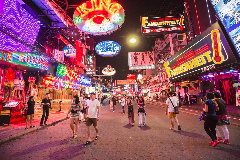 Ночные клубы Паттайи на знаменитой Walking Street