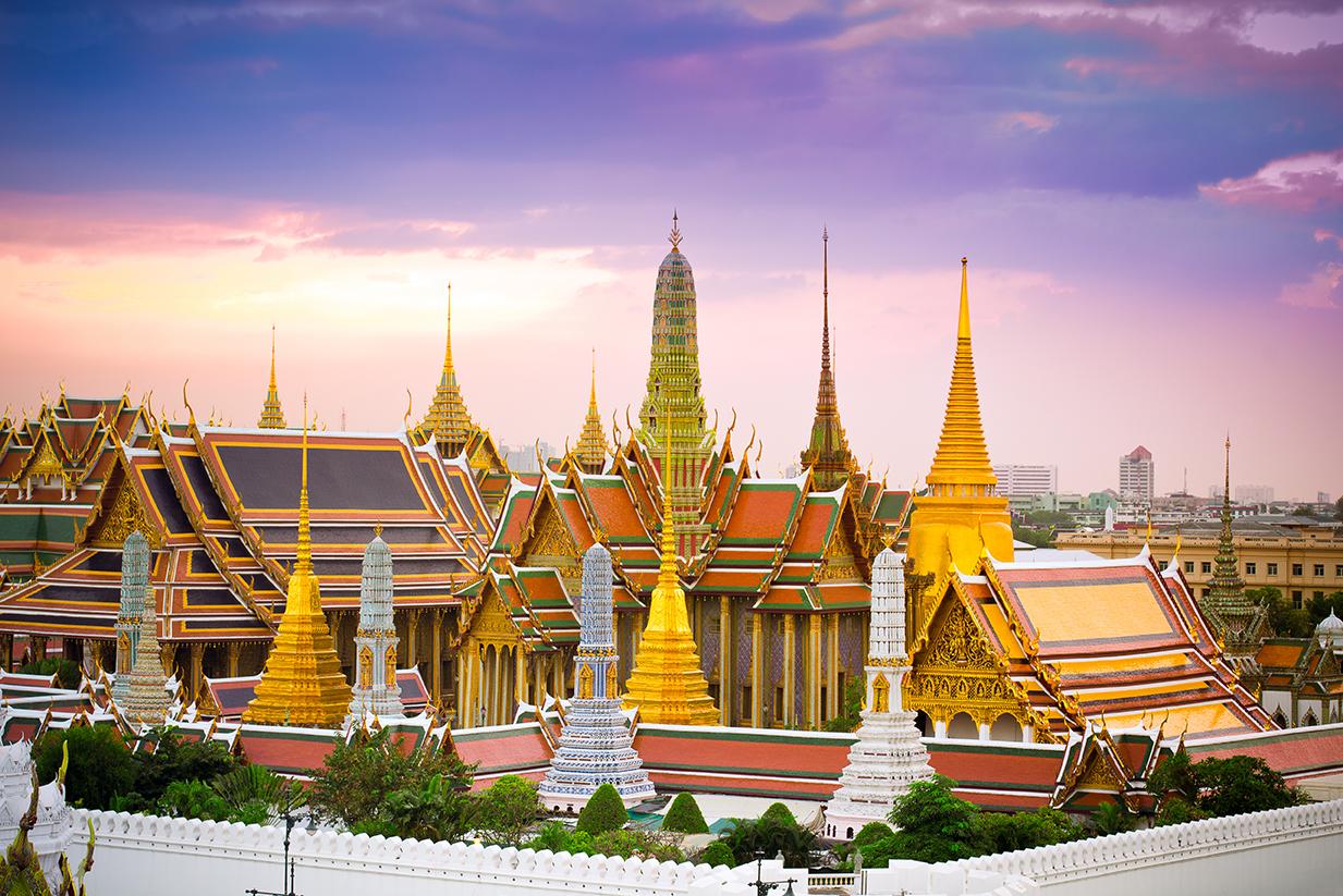 монархия и буддизм таиланда